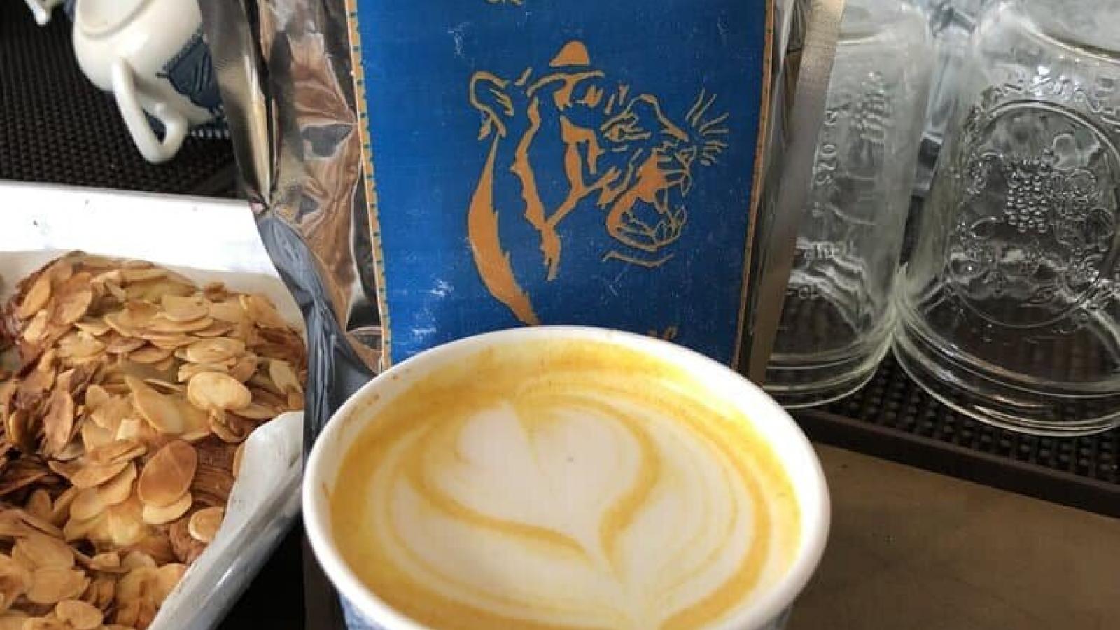 golden-turmeric-latte-nyc